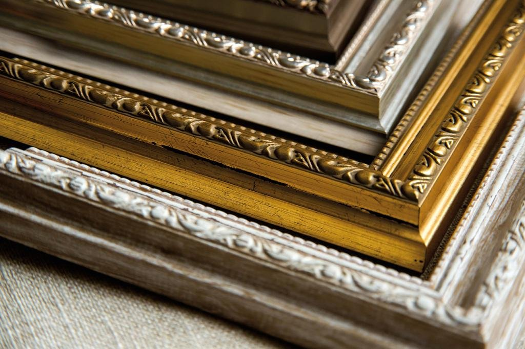 Louis moulding | fine art framing